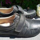 туфли в школу зам.кожи 35р-22,5см очень мягкие и удобные