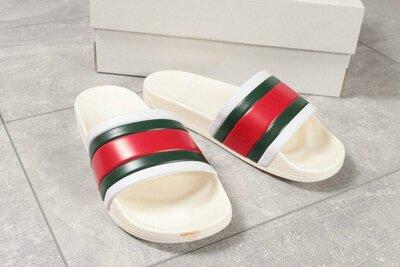 Шлепанцы Gucci, 40,41.42.43.44.45 размер белые пляж новинка бассейн
