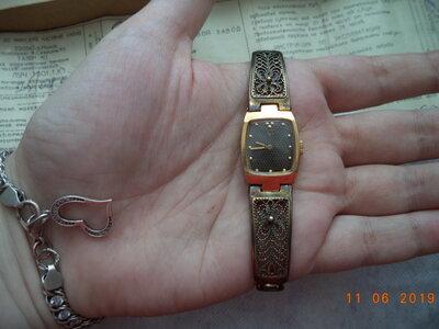 Луч женские часы продам стоимость на москва муж услуги час