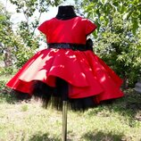 Детские нарядные платья со шлейфом