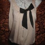 Фирменная стильная атласная блуза пудра 48 размер новое состояние