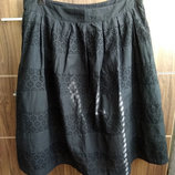 S/M размер юбка черная с шитьем Ришелье 100% хлопок тонкий от TU