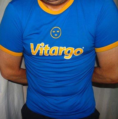 Стильная катоновая футболка зб Швеции бренд Qlique.м.