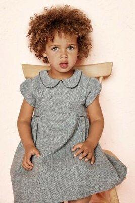 Элегантное теплое платье next на девочку 4-5 лет