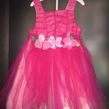 Новое нарядное платье- сарафан р.1,5-2 года