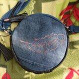 Круглая сумка сумка кроссбоди с вышивкой клатч поясная сумка бананка