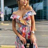 Очень красивое воздушное платье 42 - 44