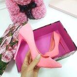 Женские розовые туфли лодочки