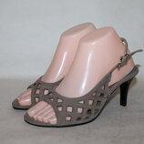 Andrea Conti стильные кожаные босоножки 37 размер