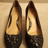 Туфли женские фирмы Clarks р.6 стелька 25,5см