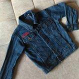Детская джинсовая куртка , Италия, рост 110-116см