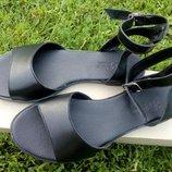 Классические черные босоножки кожа, производство Украина