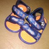 Пляжные босоножки 18-23 р., сандалии, сандалі, босоніжки, басейн, бассейн, мальчик, хлопчик, пена