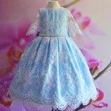 Нарядное детское платье голубое с белым кружевом
