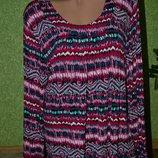 Яркая вискозная блуза , кофточка , легкая и не жаркая , приятная к телу