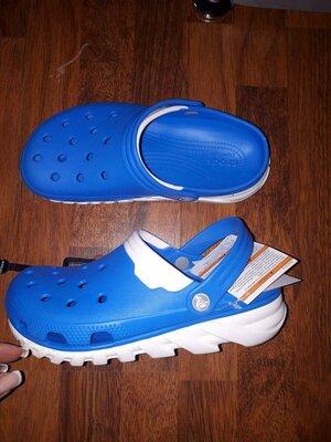 crocs M8w10 41 42