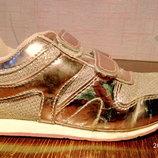 Туфли,кроссовки размер 27 фирмы Small, б/у