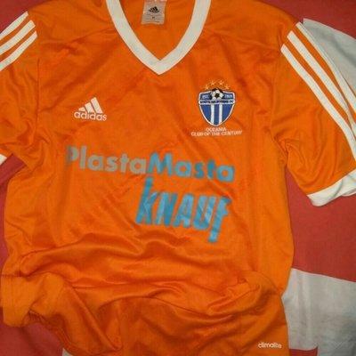 Спортивная футбольная фирменная футболка Adidas.м-л.