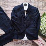 Шикарный костюм пиджак брюки рубашка бабочка