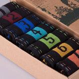 Оригинальный набор мужских носков в коробке подарочный