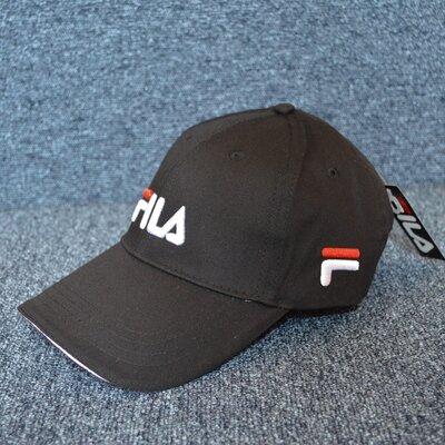 Кепка черная Fila Black маленькое лого унисекс.