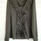 Модная блузка с жабо Zara S в идеальном состоянии