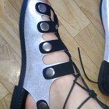 Женские босоножки на шнурках для худой и полной ноги