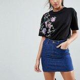 Черная футболка с цветочной вышивкой asos,футболка с цветочным принтом