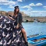 Обалденное Черное платье из шелка Армани в принт Аисты