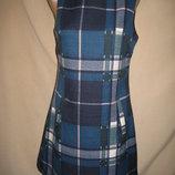 Отличное платье Apricot р-р10