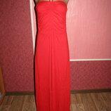 красивое платье р-р S сост нового