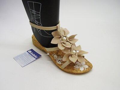 Продано: Красивые женские босоножки с цветочками Тм Inblu Инблу