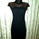 Кружевное платье футляр в бельевом стиле
