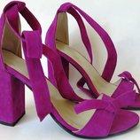 Ultra Ленты бант Летние эффектные женские босоножки из натуральной замши каблук с завязками фуксия