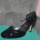 Туфлі-Босоніжки Clarks