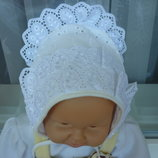 продам красивую шапочку для новорожденного