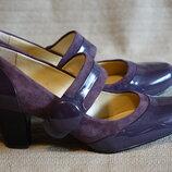 Очень красивые темно-сиреневые комбинированные кожаные туфли Clarks. Англия 5 d
