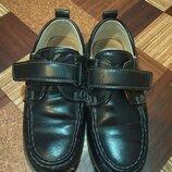 черевички для маленького школярика