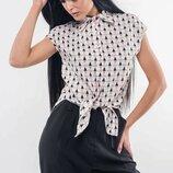Летняя блуза с модным принтом 2 цвета