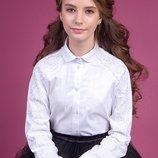Красивая школьная блузка с кружевом Зиронька