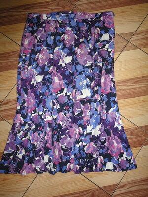 Яркая вискозная юбка