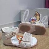 Кожаные босоножки для девочки каблук томаса фирма сказка рр. 18 19 20 21 22