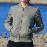 Курточка жіноча бомбер firetrap