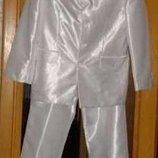 Белый мужской костюм. Размер 46-48. Фирмы Enfor Турция