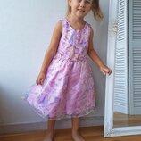 Нарядное платье для девочки 4-6 лет с пышной юбкой