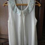 Красивая блуза с воротничком