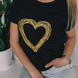 Трикотажная футболка в принт сердце футболка с накатом