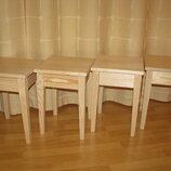 Табурет деревянный с квадратными ножками