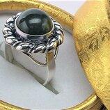 Кольцо перстень серебро 925 проба 8.13 грамма размер 17.5