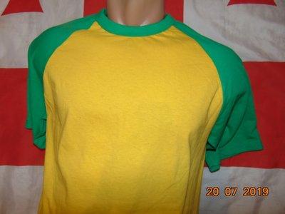 Стильная фирменная футболка Fruit of the Loom Фрут оф зе лум .с-м
